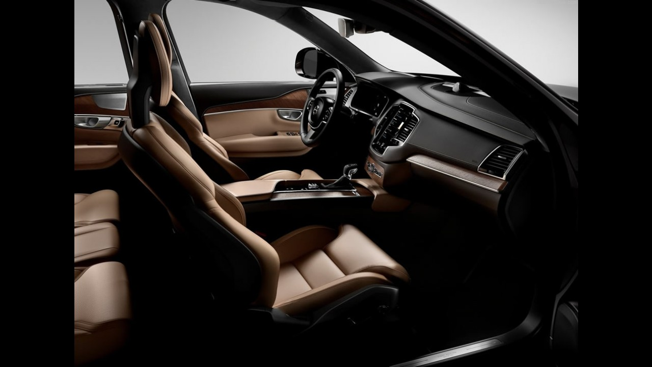 Série Especial Volvo XC90 First Edition esgota em 48h - Brasil recebe 11 unidades