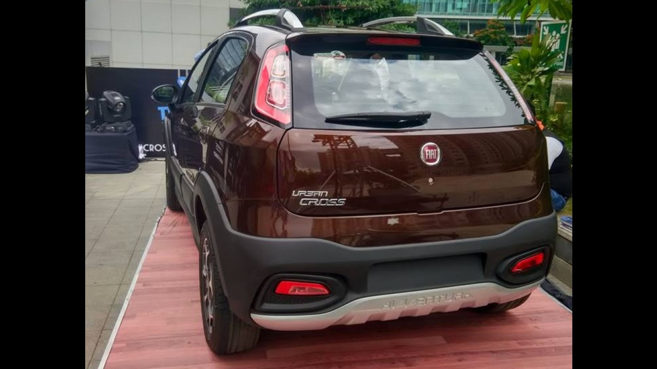 """Fiat Punto indiano ganha versão """"aventureira"""" com motor 1.4 turbo"""