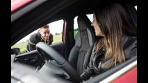 Andrea Dovizioso e la Seat Leon Cupra