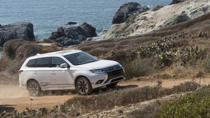 2021 Mitsubishi Outlander To Be Based On Nissan Rogue