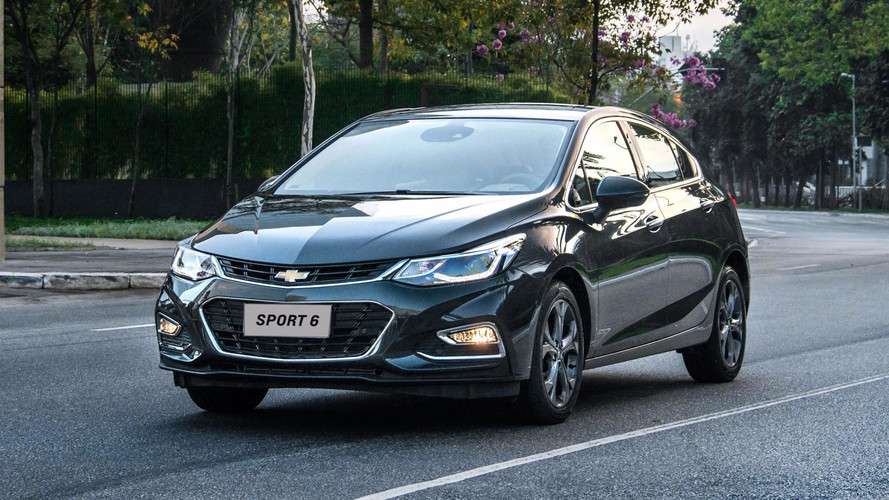 Hatches médios mais vendidos – Cruze Sport6 vende mais do que Focus e Golf somados