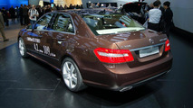 Mercedes-Benz E300 Bluetec Hybrid live in Detroit 09.01.2012