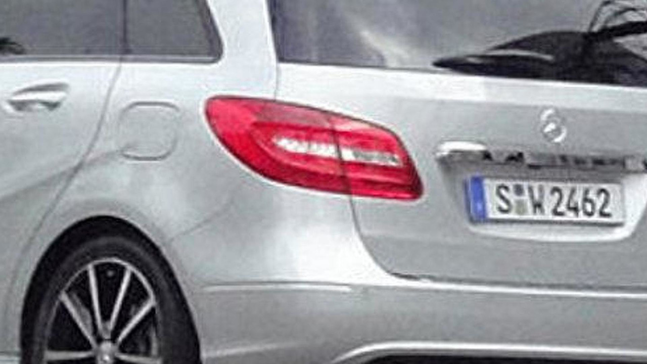 2012 Mercedes-Benz B-Class spied uncovered 16.06.2011