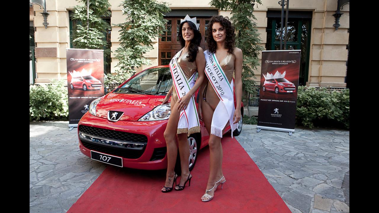 Francesca Testasecca e Martina Floreani con Peugeot 107