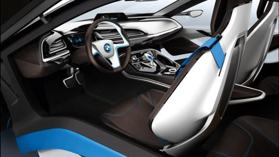 La BMW i3 e la i8 avranno scomparti per i passeggeri in fibra di carbonio