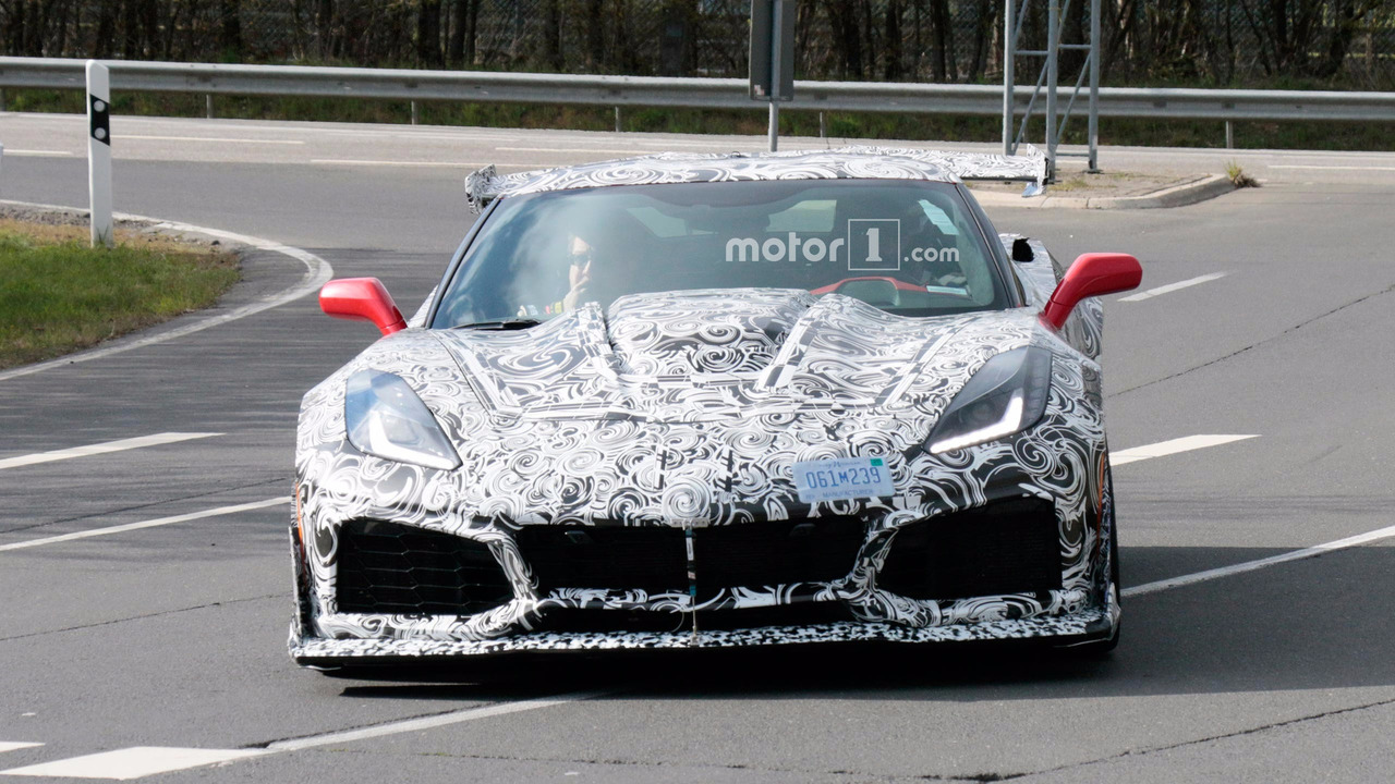 Chevrolet Corvette ZR1 Spy Pics