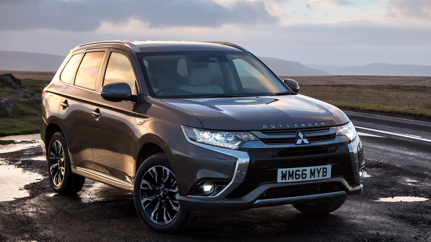 2015 Mitsubishi Outlander review: Lags behind rivals