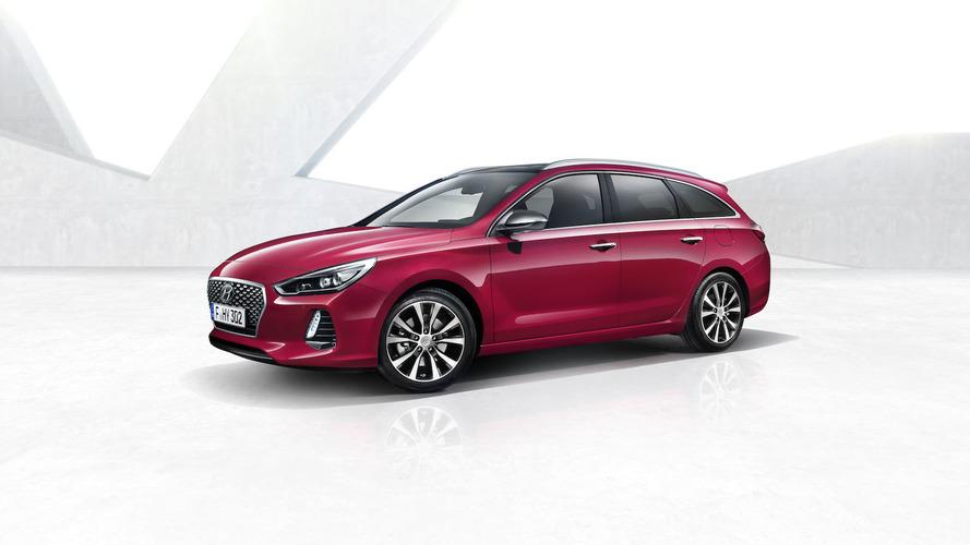Hyundai adds stylish Tourer to i30 range