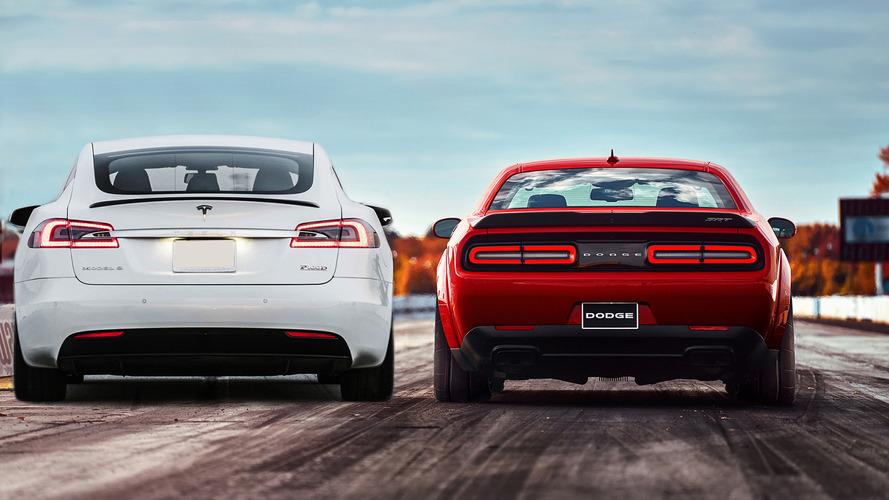 Csak idő kérdése, hogy a Tesla letaszítsa a trónról a Dodge Challenger Demont