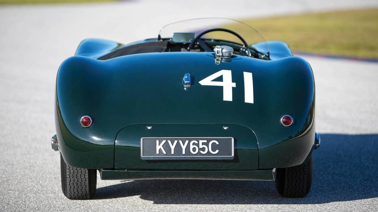 Klasik Jaguar C-Type açık arttırma