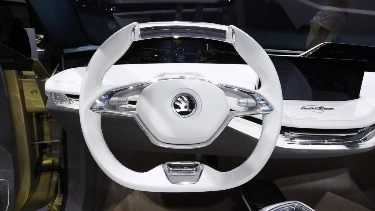 2017 Skoda Vision E concept steering wheel