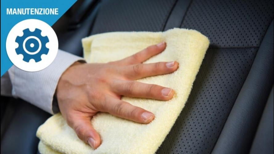 Come pulire i sedili dell'auto, 3 consigli anti-macchie