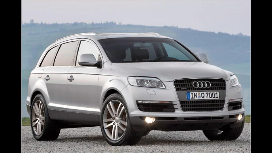 Crash Audi Q7 gegen Fiat 500: Kaum Chancen für den Zwerg