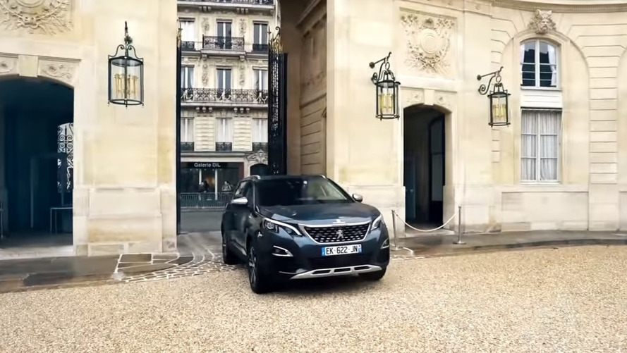 VIDÉO - Découvrez en détail le Peugeot 5008 présidentiel !