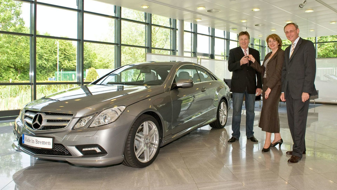First Mercedes-Benz E-Class Coupe delivered in Bremen