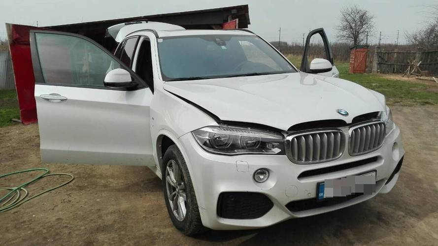 Még időben megtalálták az ellopott BMW-t