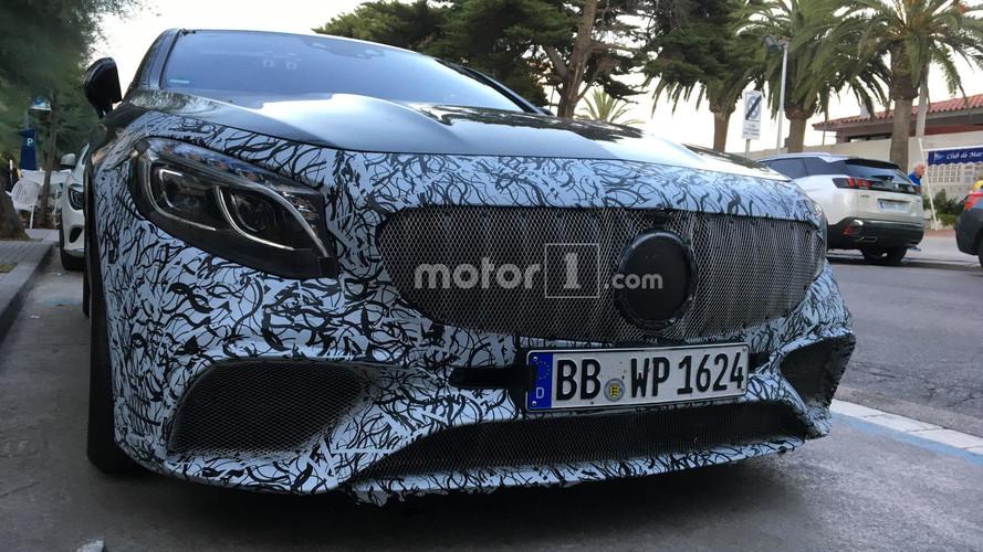 Makyajlı Mercedes S-Serisi Coupe kameraya yakalandı