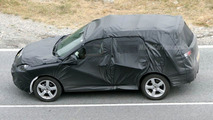 SPY PHOTOS: Peugeot SUV