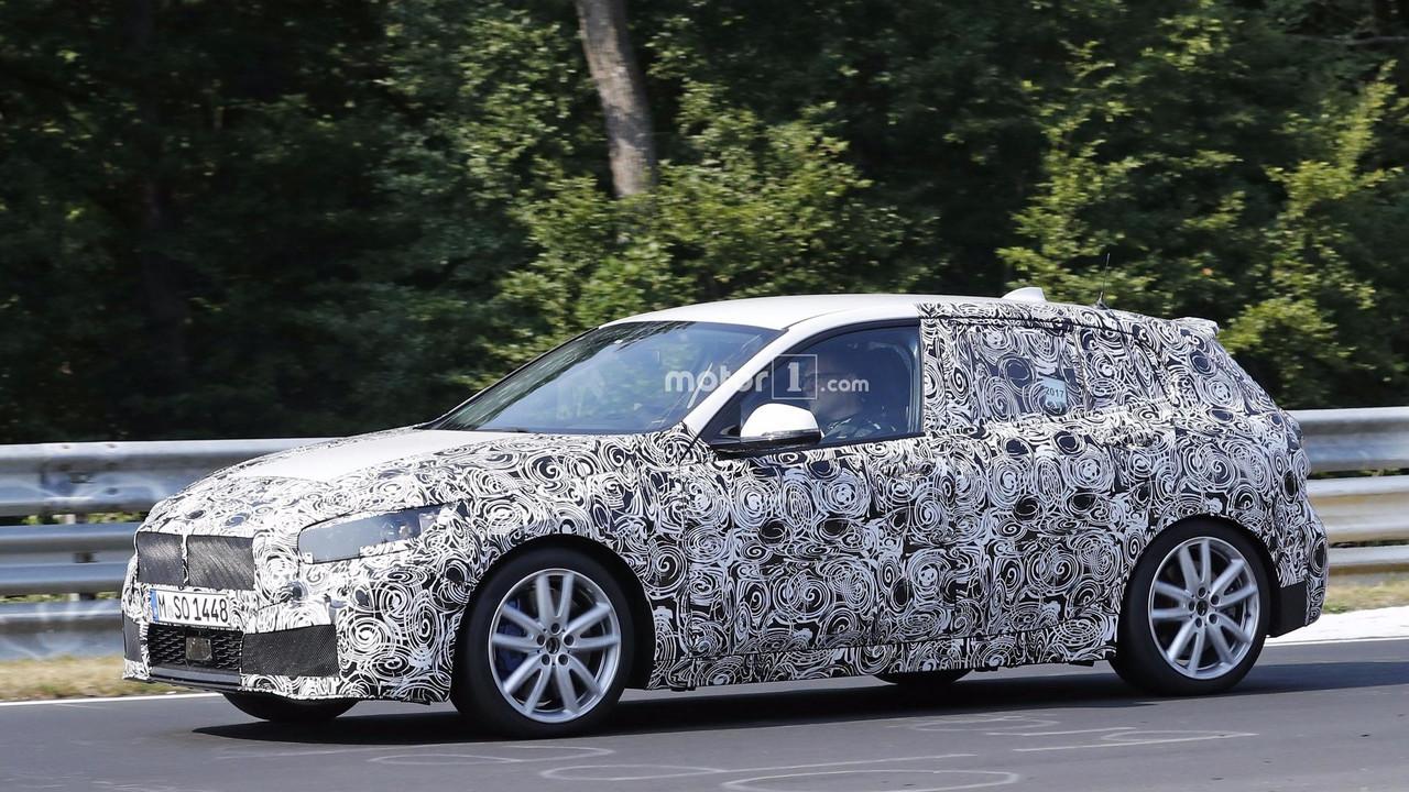 2018 - [BMW] Série 1 III [F40-F41] - Page 4 2019-bmw-m140i-spy-photo