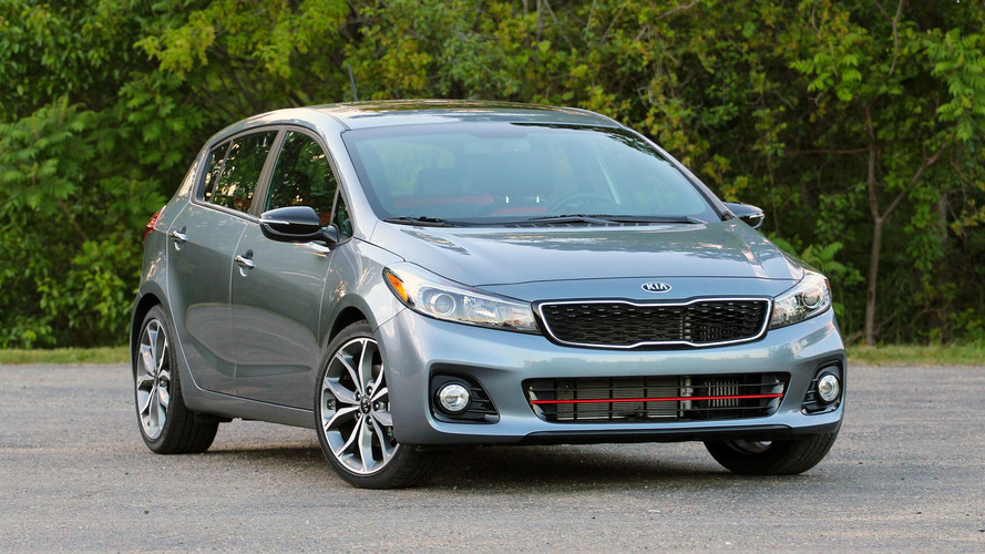 2017 Kia Forte5: Review