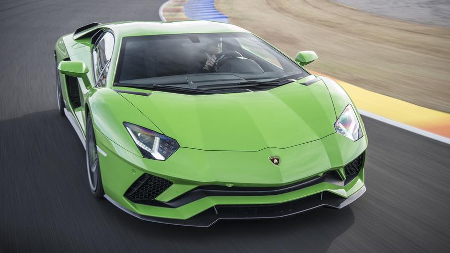 Lamborghini Aventador, la prossima avrà il V12 elettrificato