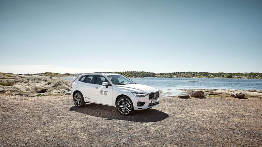 Volvo XC60 T8 with details made of recycled plastics