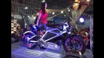 Salão Duas Rodas: Harley mostra elétrica LiveWire e nova 883