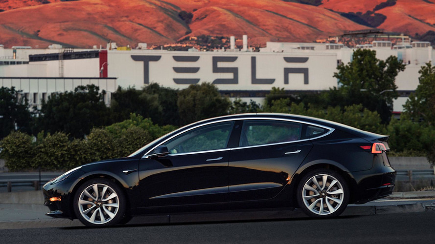 Tesla'nın Autopilot baş mühendisi Intel'e geçiş yapıyor