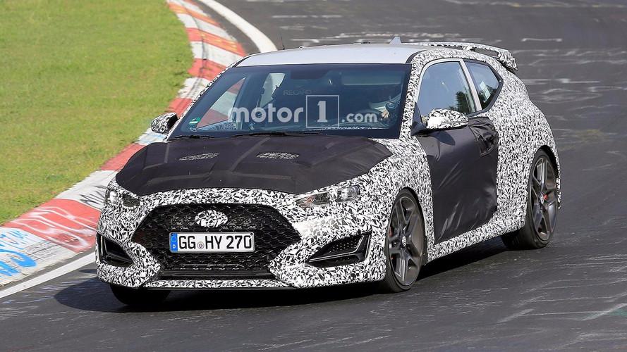 Hyundai Veloster Nürburgring'de yakalandı