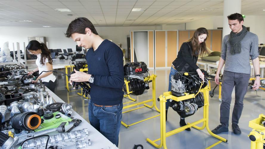 Devenir ingénieur automobile- À la rencontre de l'ESTACA et de l'ISAT