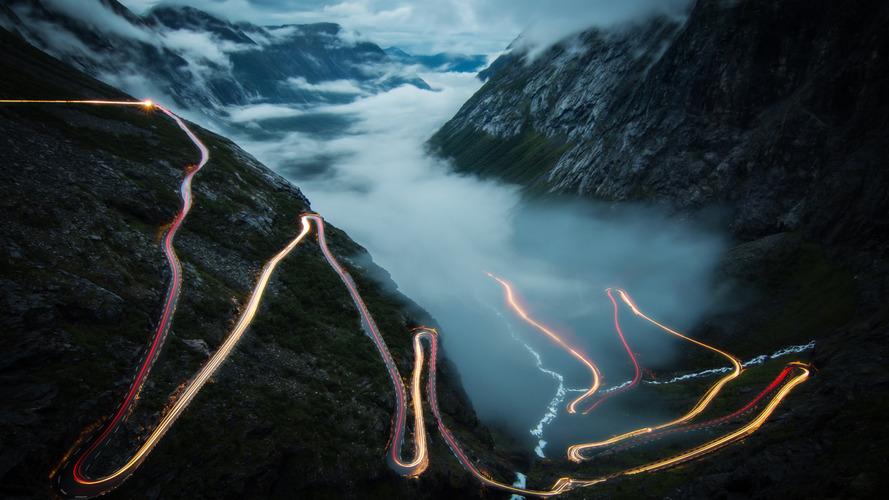 Norveç, kamusal yollarda otonom sürüş testlerine izin vermeyi planlıyor