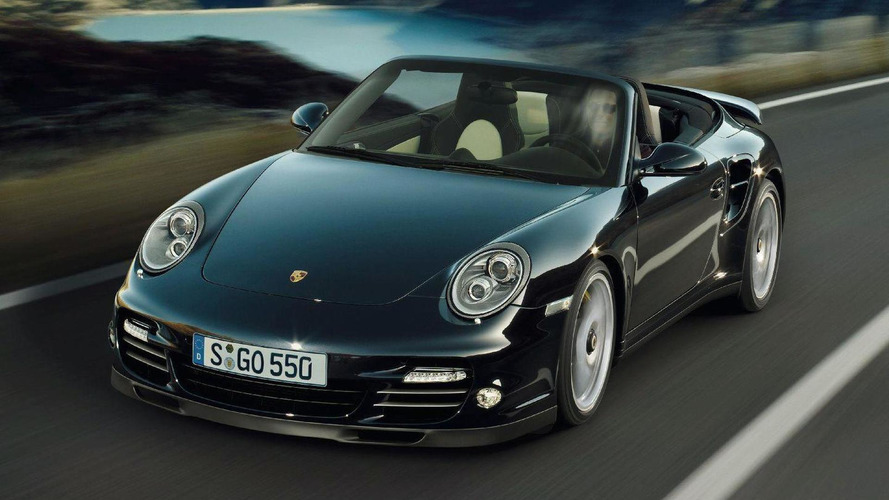 2011 Porsche 911 Turbo S Revealed with 530 bhp