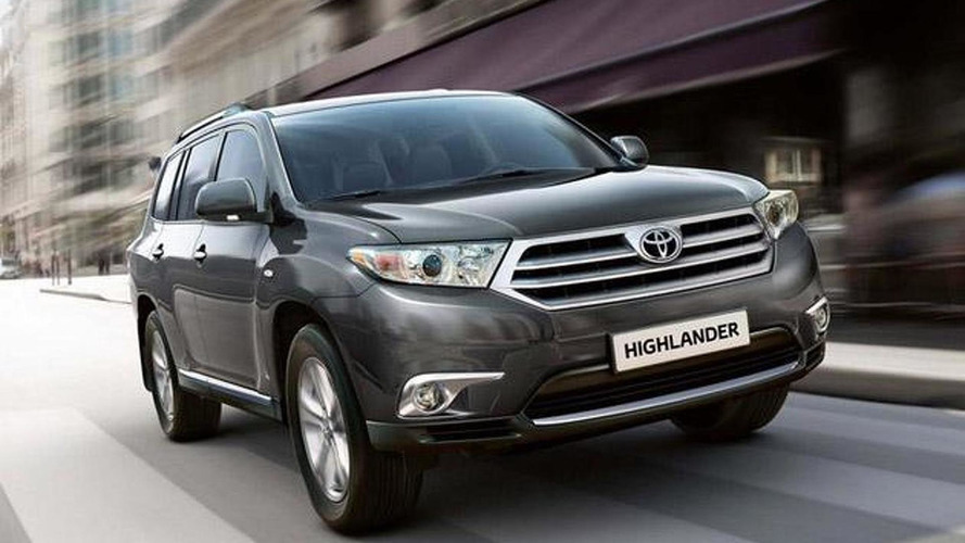 2011 Toyota Highlander first image and details surface