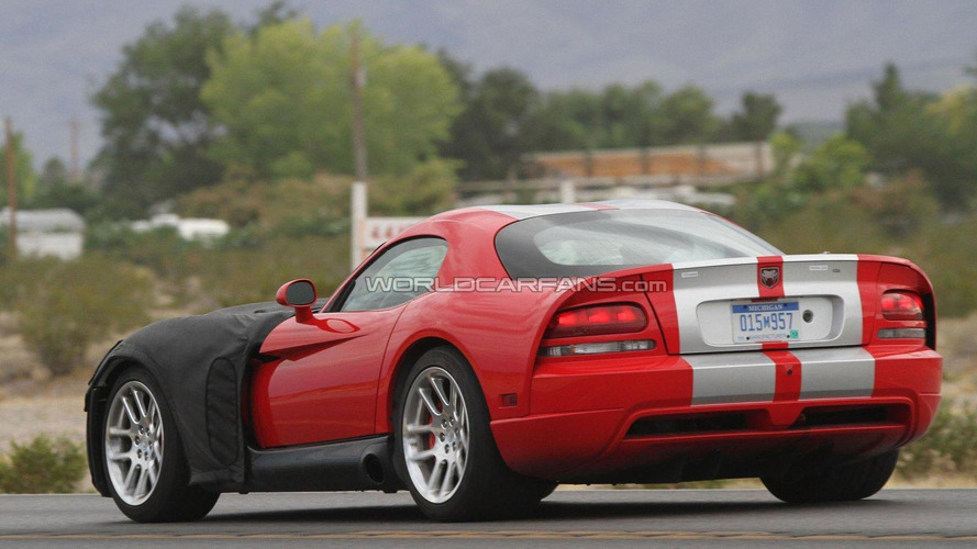 2013 Dodge Viper Coupe & Roadster spied for the first time