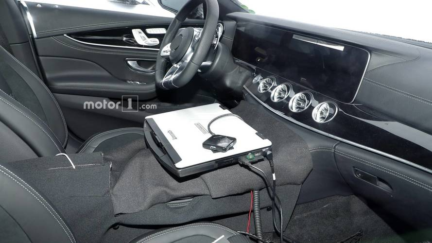 Mercedes-AMG GT Coupe Spied Inside Gives The Feeling Of Deja Vu