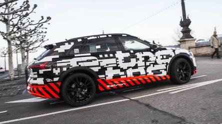 Már a Nürburgringen körözget a Tesla Model X egyik legnagyobb kihívója
