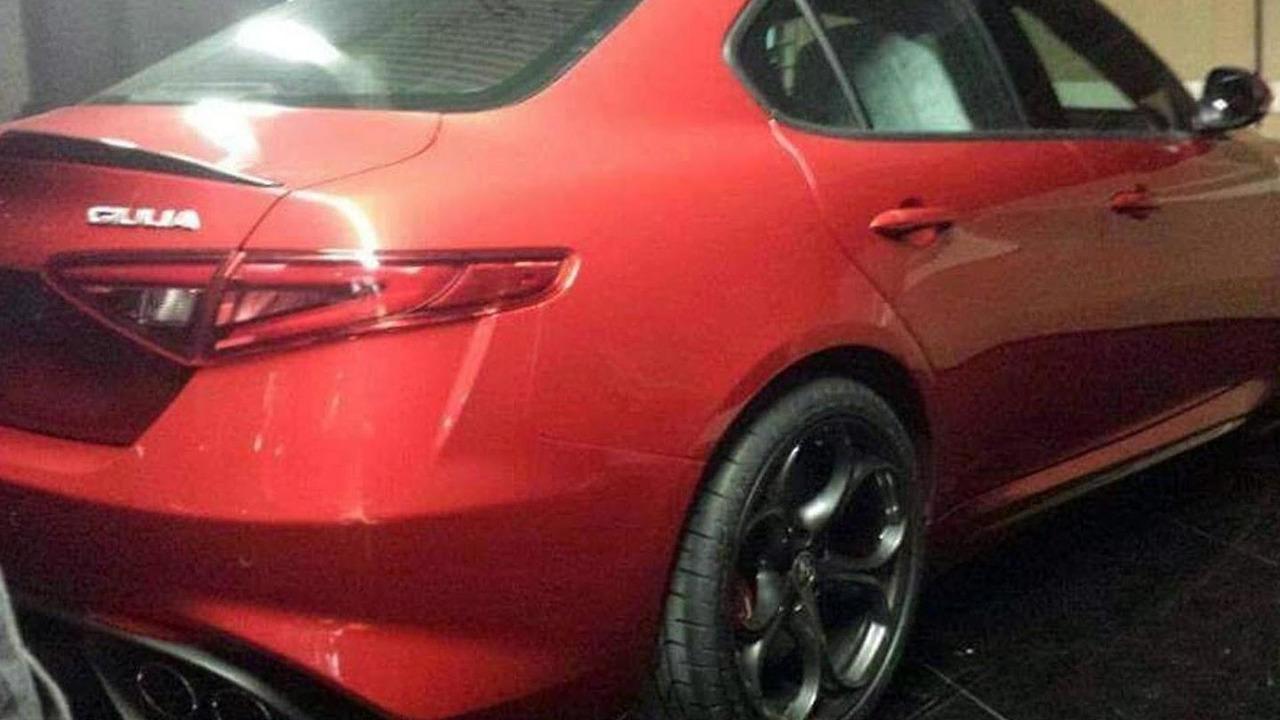 Alfa Romeo Giulia leaked photo