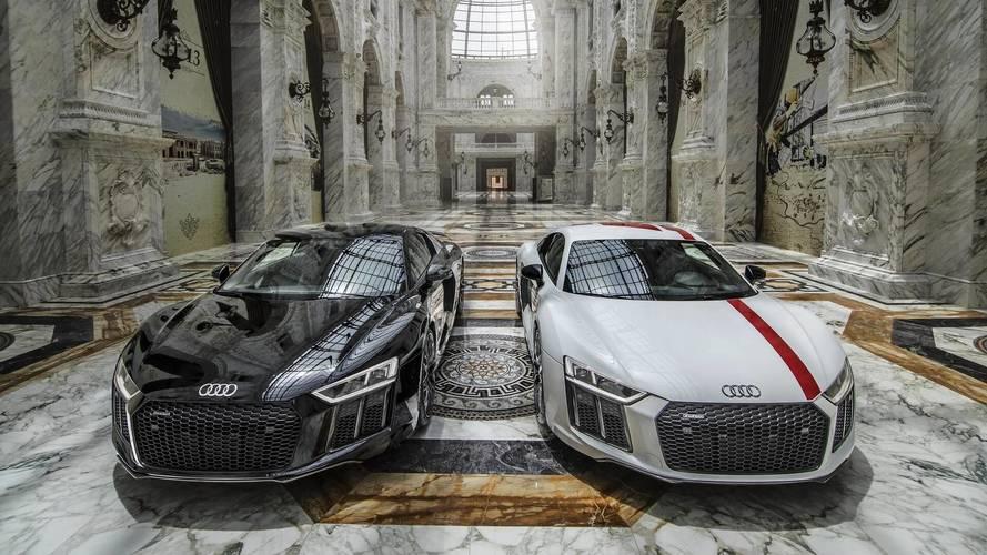 İki Audi R8, video çekimi için 825 milyon dolarlık binada