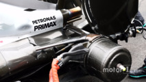 Mercedes AMG F1 W07 Hybrid strengthened rear suspension