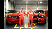 Ferrari-rotes Renn-SUV