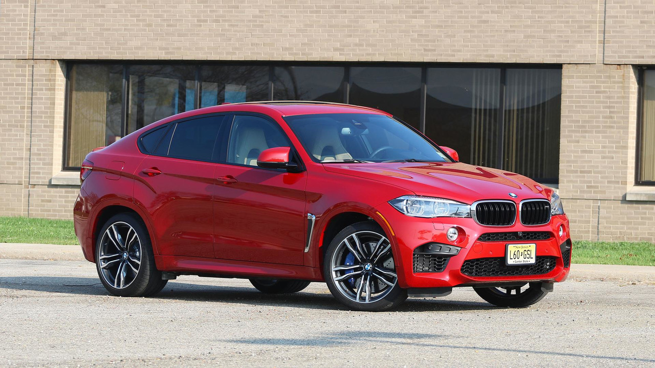2017 bmw x6 m review master of none. Black Bedroom Furniture Sets. Home Design Ideas