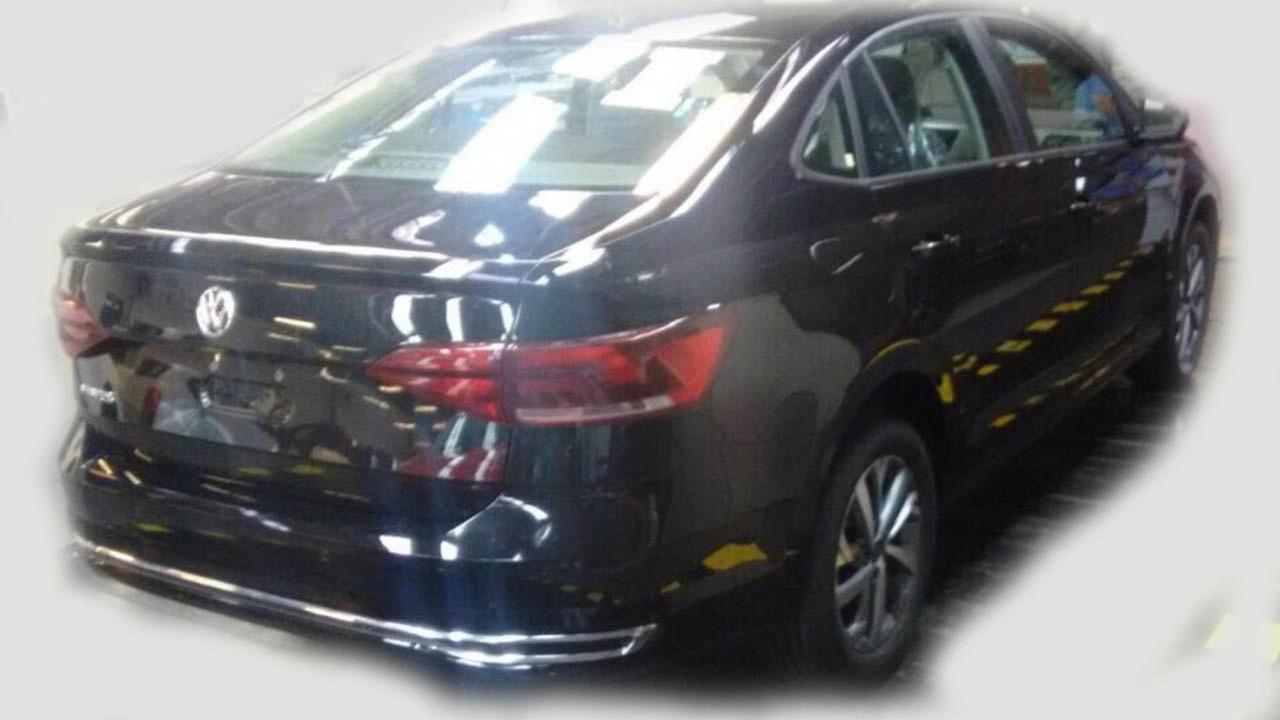 Volkswagen Virtus/Polo Sedan casus fotoğrafları