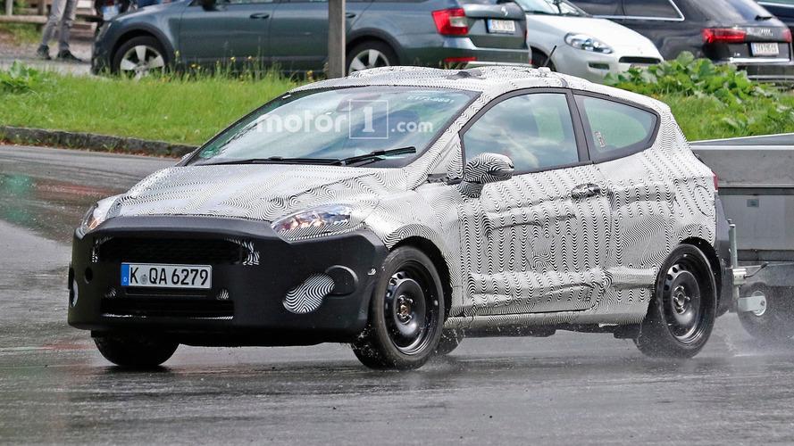 Ford Fiesta 3- and 5-door spy photos