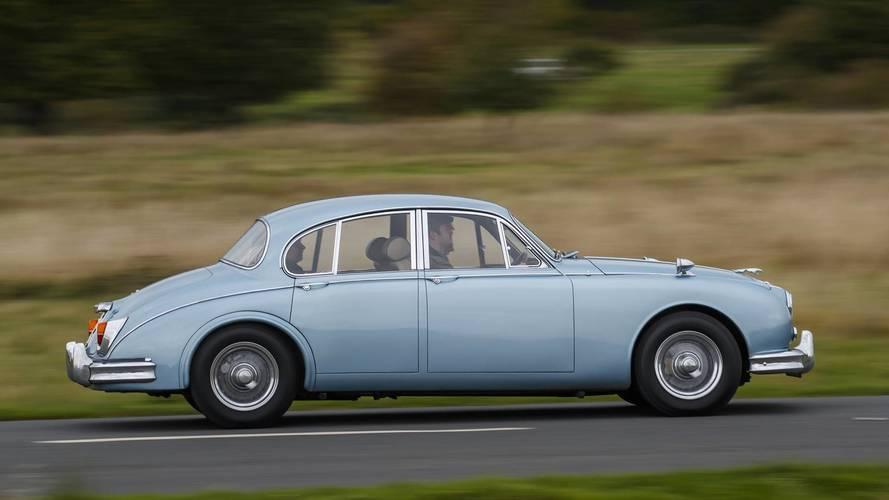 Jaguar Land Rover Classic Drive Experience