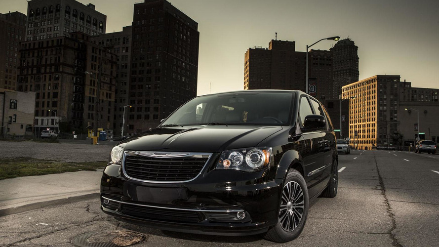 Next-gen Chrysler Town & Country due in 2015, Pacifica reboot due a year later - report