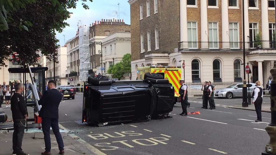 Nerd Rage: Toyota Prius Hits Brabus G500 And Kills It