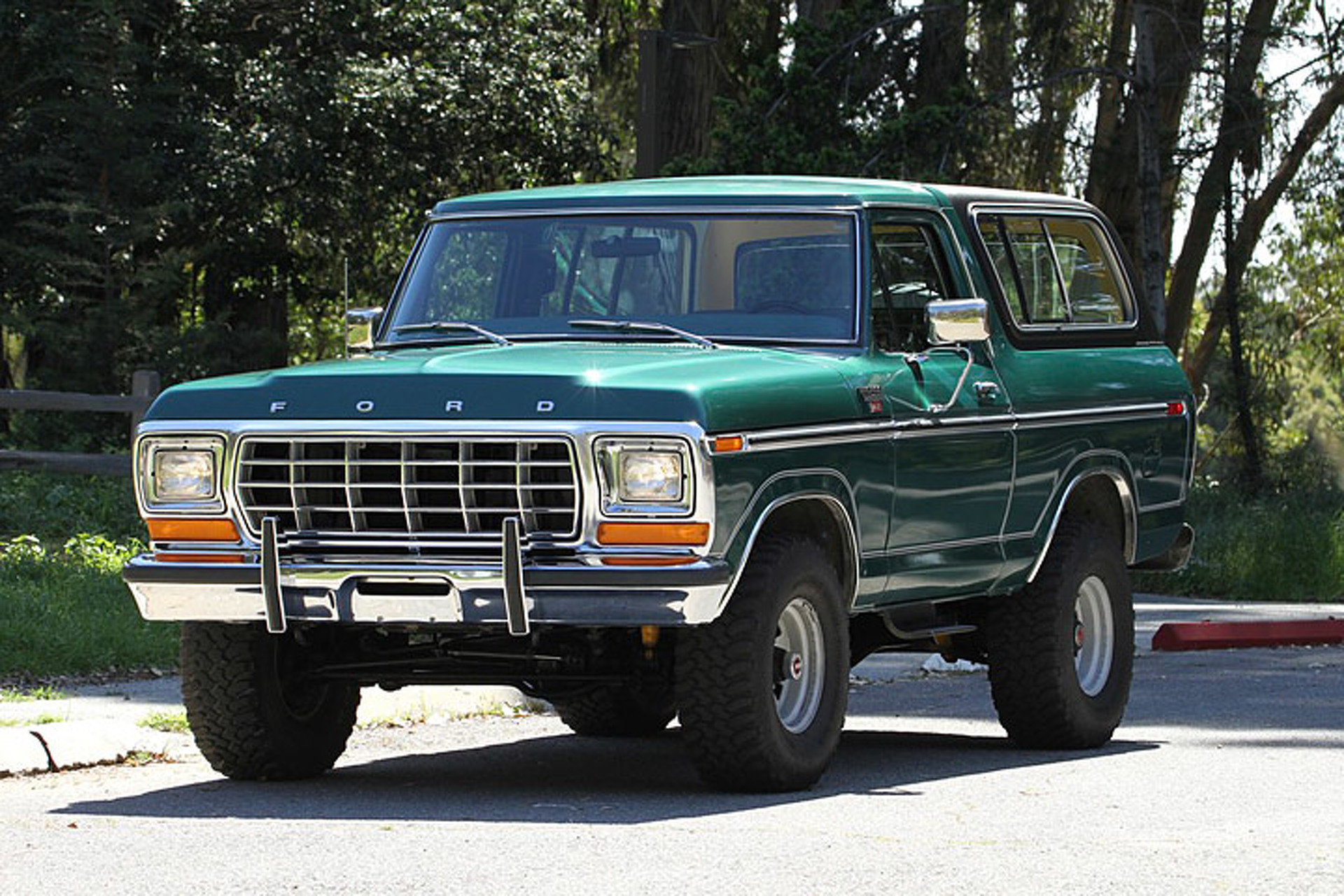 This Ford Bronco Ranger is a Flawless \'70s Survivor