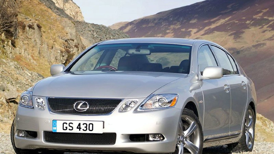 Lexus Faces Up to Re Launch