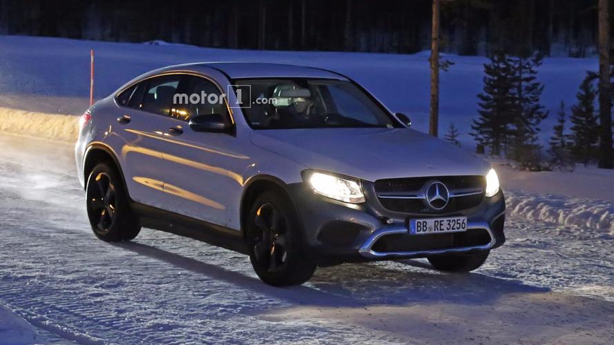 Photos espion - Ce GLC Coupé électrique cache sans doute les dessous du futur SUV Mercedes EQ