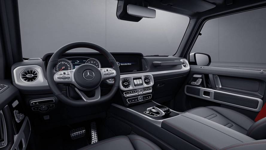 Mercedes-Benz A-Class Hatch Debuts With Upmarket Features